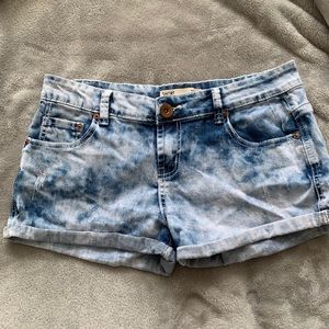 Cotton On denim shorts | Size 8 Bleachwash design